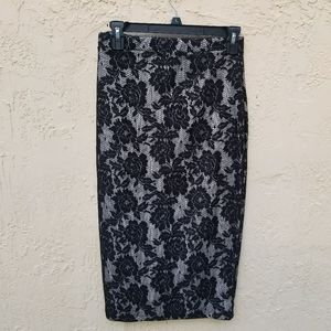 NWT Pencil Skirt Lace Design
